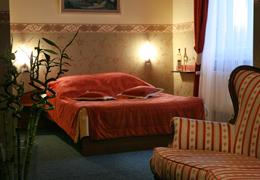 """""""Hotel u Kroczka"""" noclegi, restauracja, wesela"""