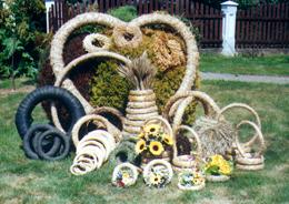 Pracownia Artystyczna - wyroby ze słomy i jedliny